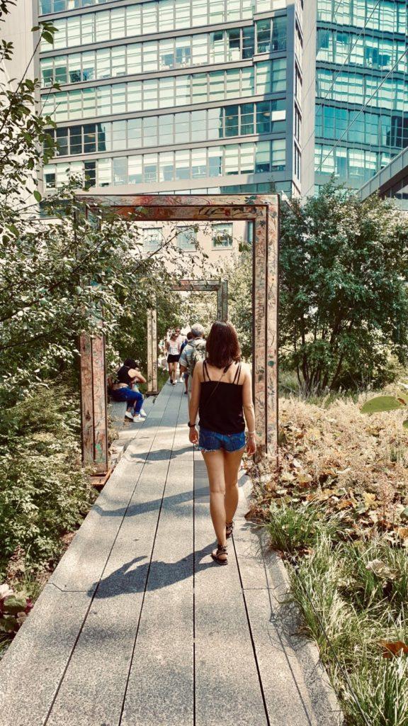 Spaziergang durch den High Line Park